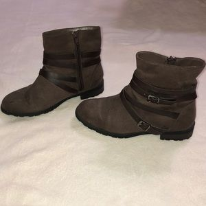 disney liv and maddie brown boots